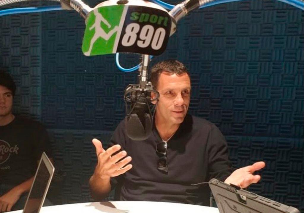 Sport 890 radio Poyet